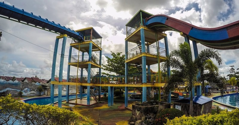Waterboom Pesona Modern