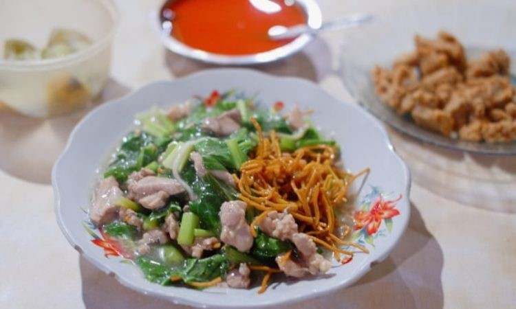 Mie Hengky