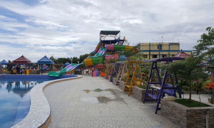 Takalar Beach Waterboom